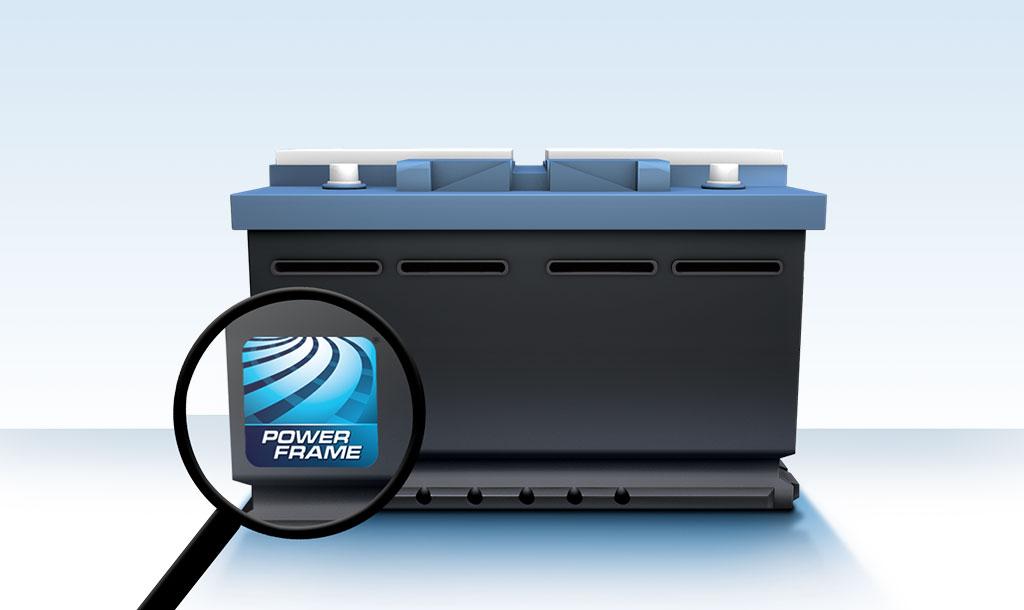 A logomarca da tecnologia de grades PowerFrame na sua bateria demonstra potencia em seu interior.