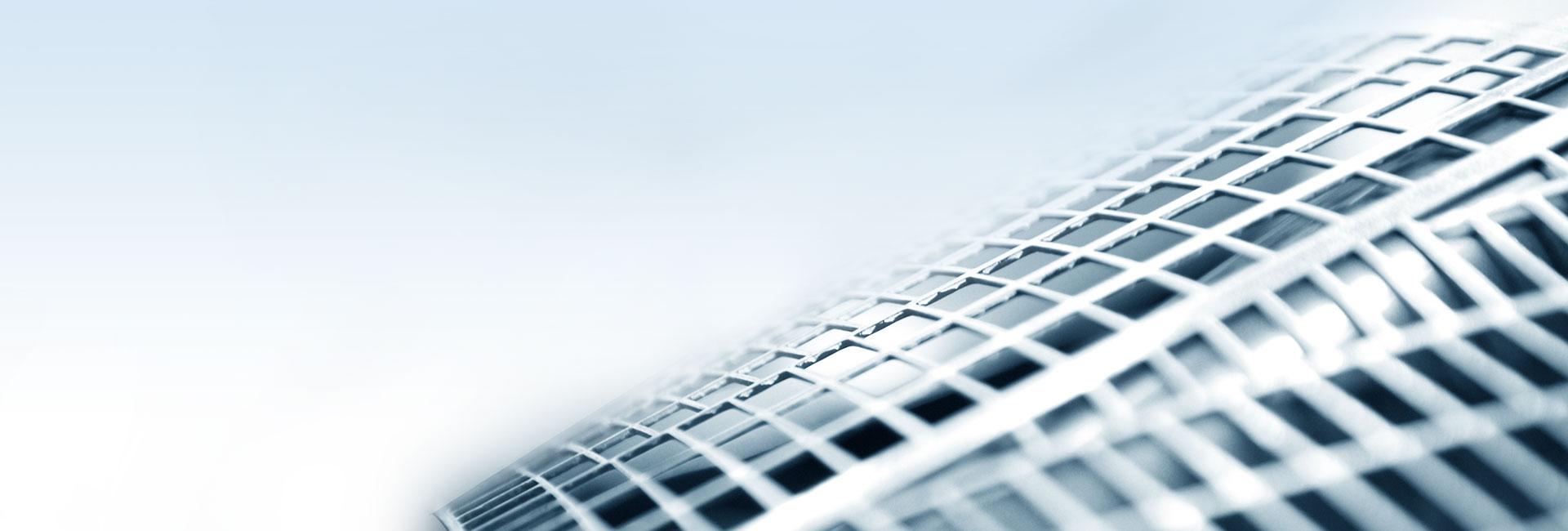 El logo de la tecnología de rejilla PowerFrame en el exterior de una batería indica la potencia del interior.